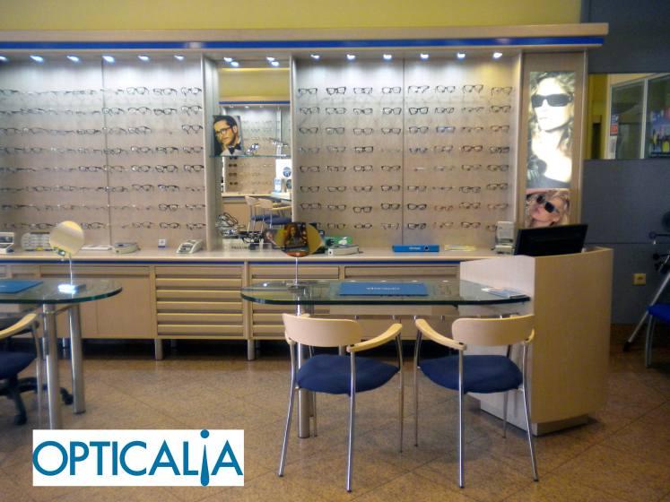 Opticalia-com-logo